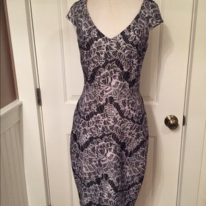 ALEXIA ADMOR 🌟DRESS STRETCH SHEATH LACE PRINT XS